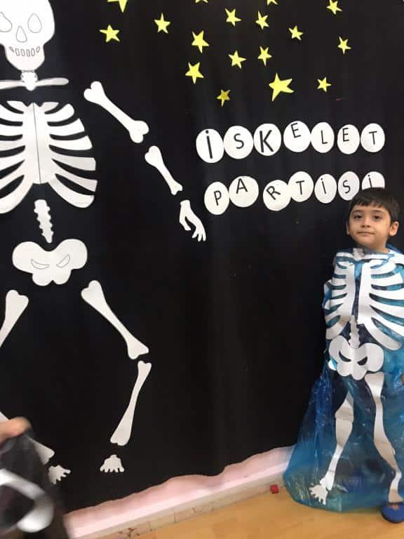 Iskelet Sistemi Ogrenildi Ise Haydi Iskelet Partisine Okul Oncesi
